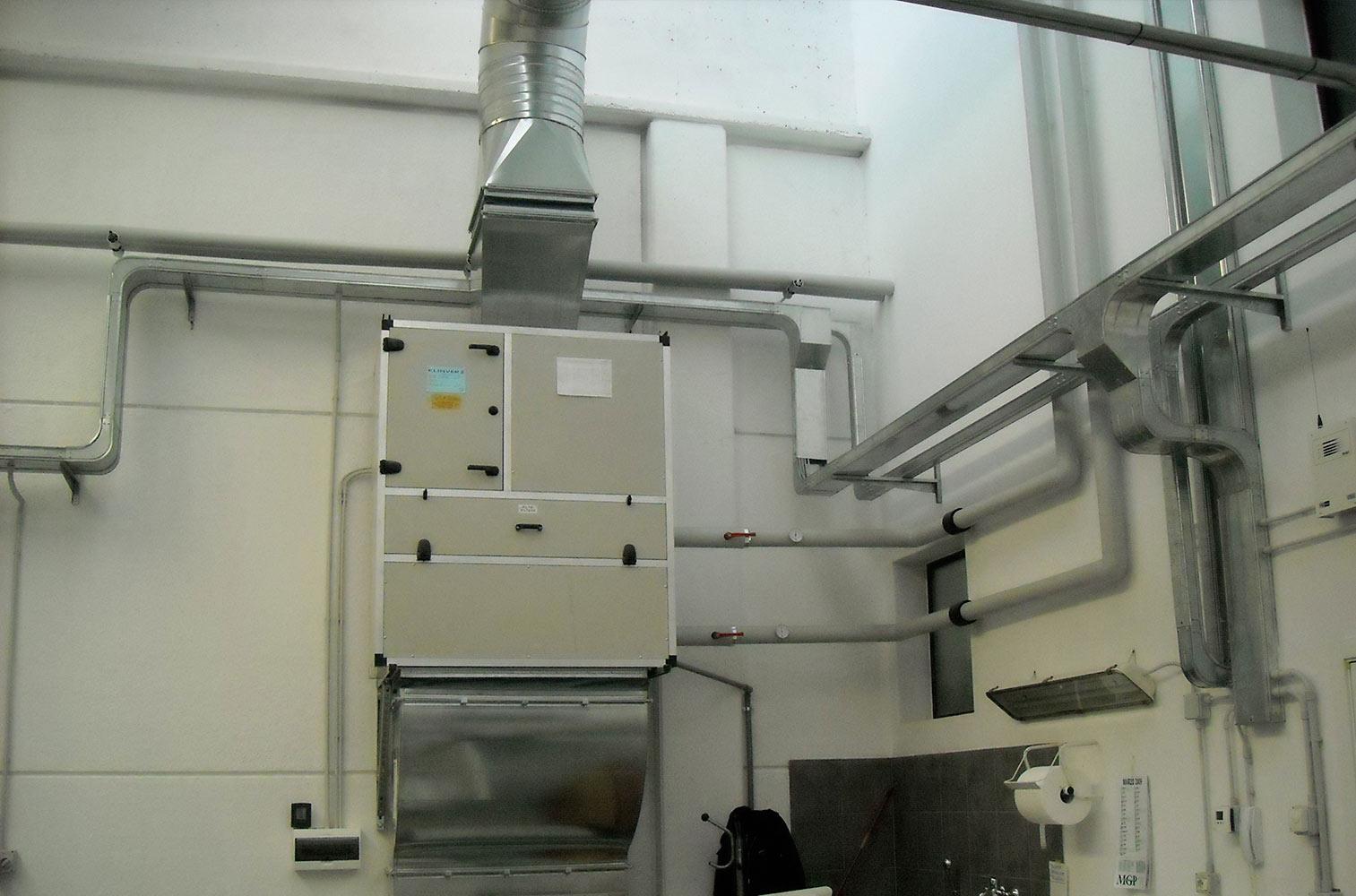 doc-impianti-elettrici-condizionamento-gallery-02-impianto-elettrico-industriale